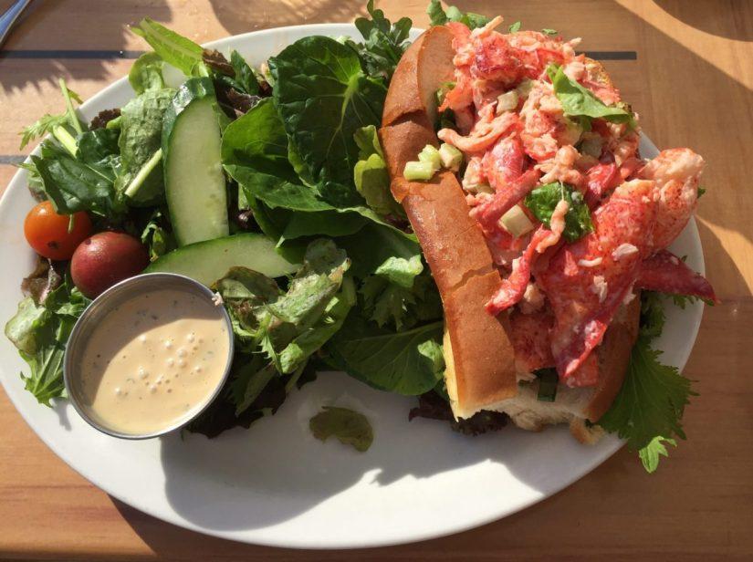 Best lobster roll Rhode Island