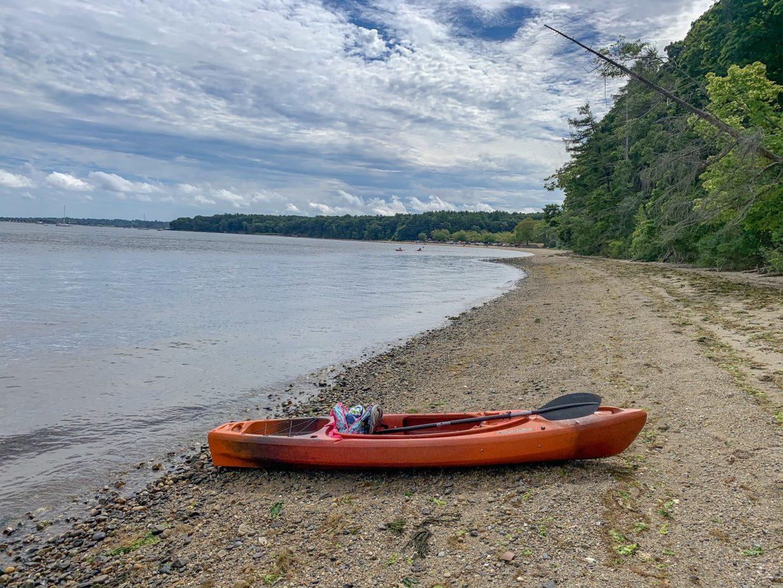 the best kayaking spots in Rhode Island