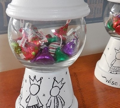 DIY Candy Dish!