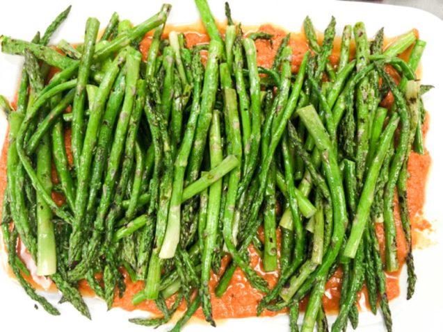 Asparagus with Romesco Sauce beauty (1 of 1)