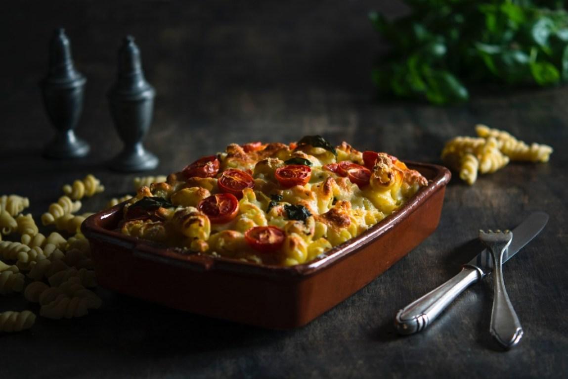 comfort food mac & cheese in a dish