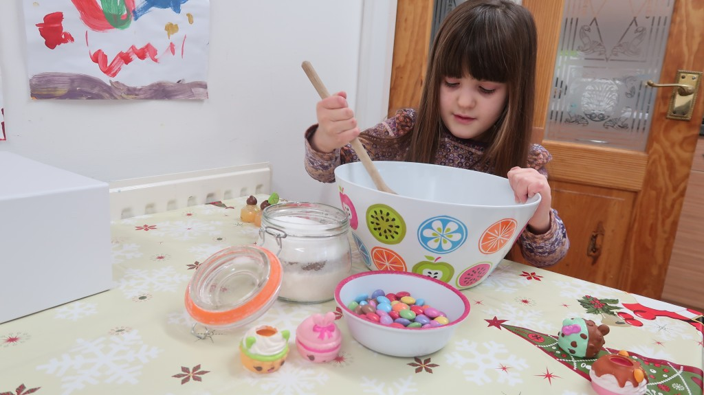 Festive Baking With Num Noms Series 4 {Review}