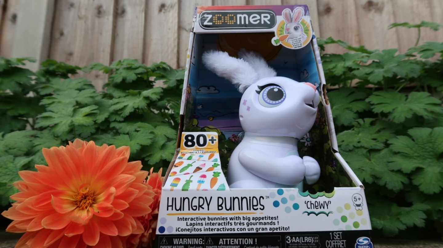 Zoomer Hungry Bunnies Chewy