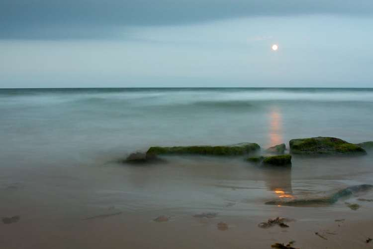 Embo Beach - Photograph by Mike Horrocks