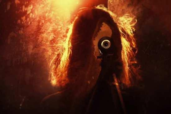 true-detective-season-2-opening-credit-shot-woman-and-camera