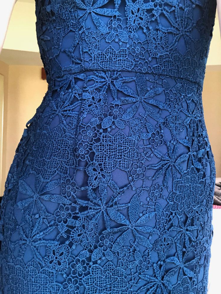 Dress lace detail