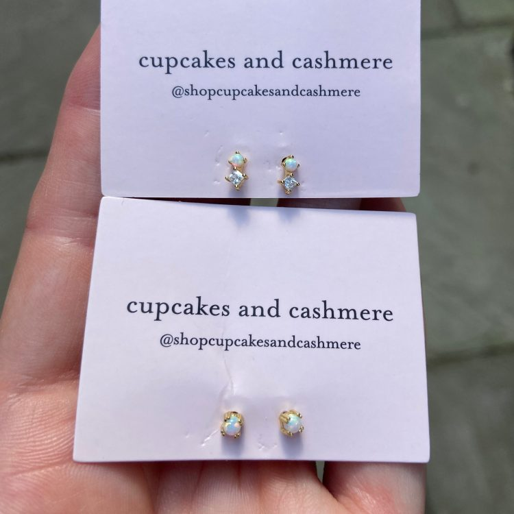 Cupcakes & Cashmere earrings