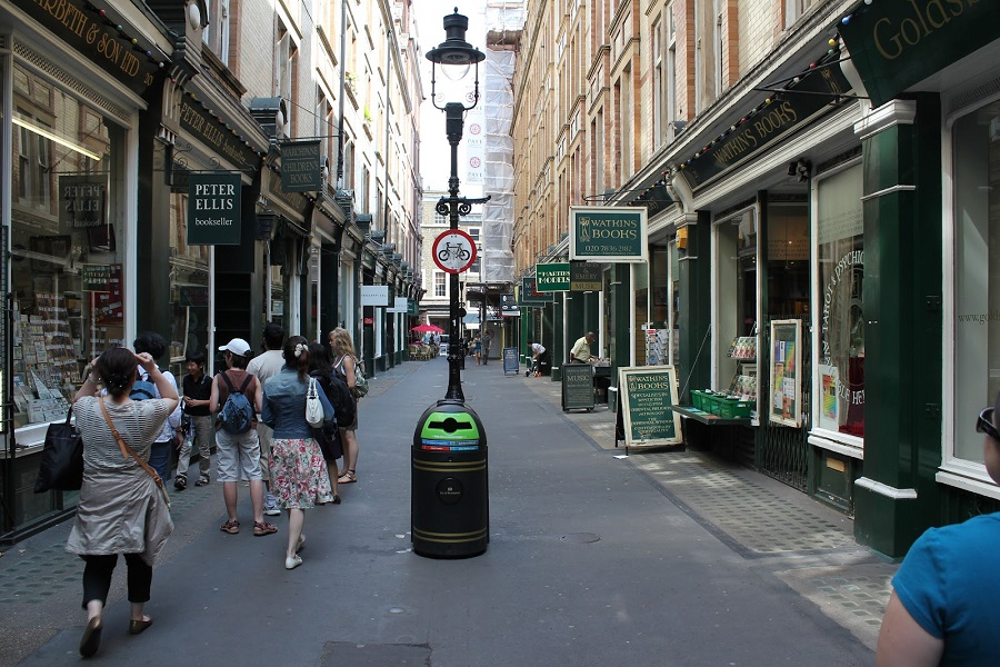 Cecil Court, London