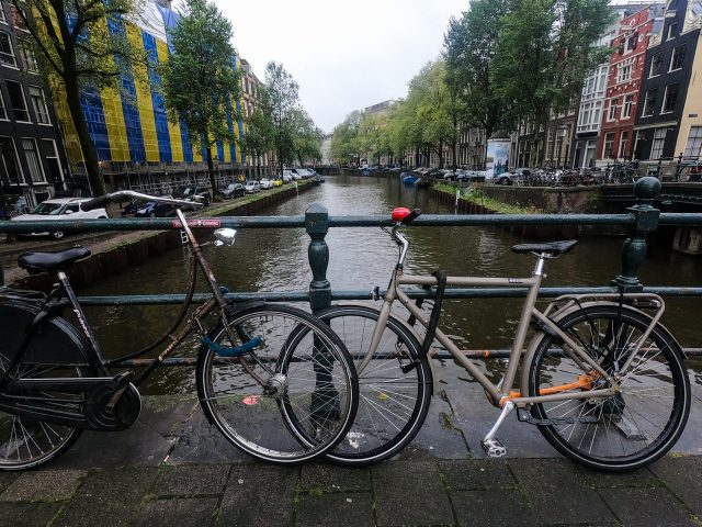 Rent-A-Bike-In-Amsterdam