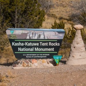 Sign-for-tent-rocks-national-mounument