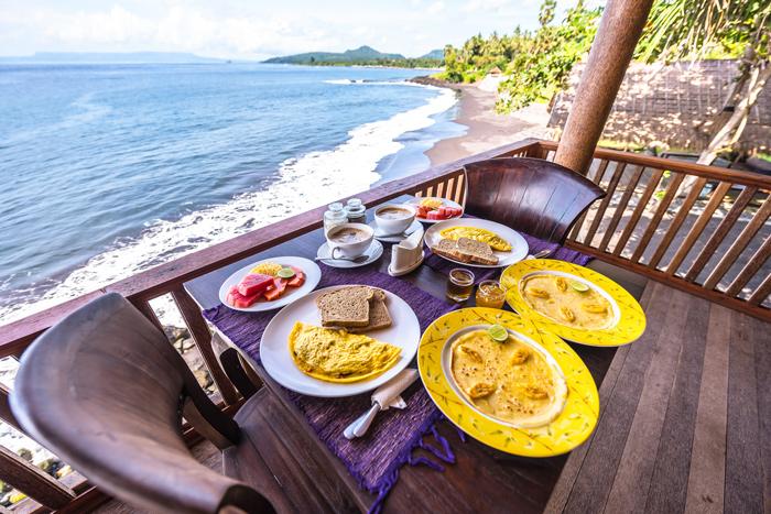 Breakfast at Seraya Shores
