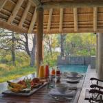 Leadwood Lodge - Dining