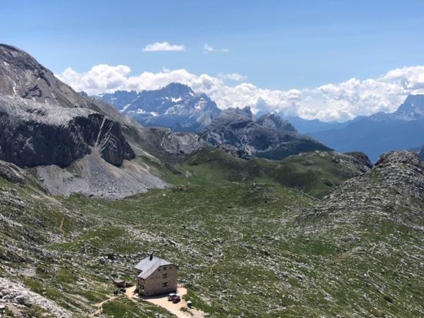 Mountain lodges on the Dolomites hike