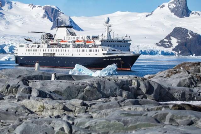 Antarctica Ship: Ocean Endeavor