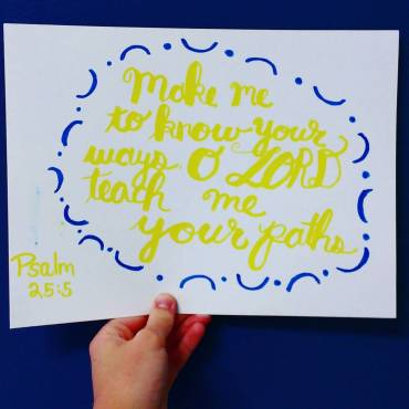 Psalm 25:4 for day 15 of #30daysofbiblelettering More fun with #crayola markers! I just realized I wrote the wrong reference. Oh well. ?? #meelettering #handlettering #typography