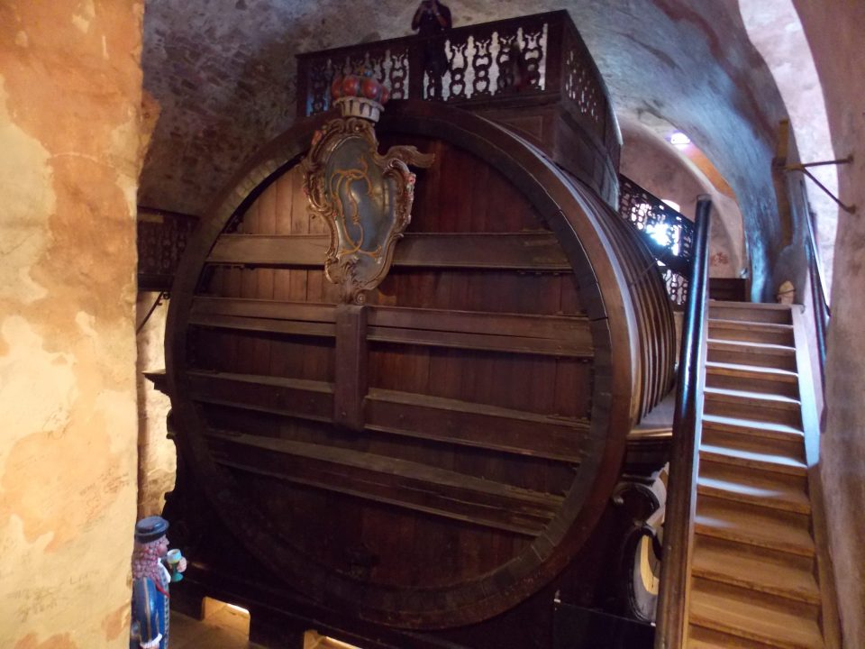 Heidelberg Tun - World's Largest Wine Barrel | Adventures with Shelby