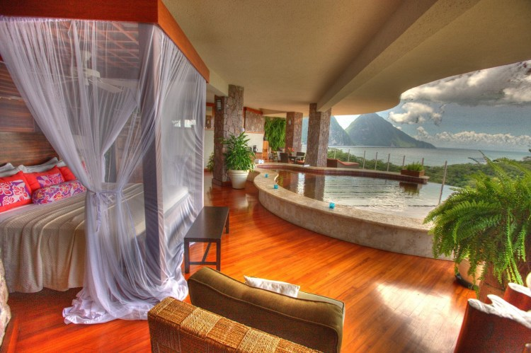 Jade Mountain Resort, one of the sexiest honeymoon destinations in St Lucia