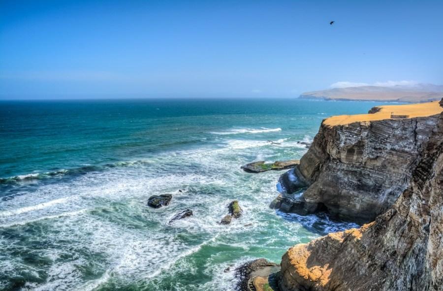 Reserva Nacional Paracas fue declarada la primera ANP marinocostera del Perú, no solo por sus valores ecológicos, sino por las oportunidades de desarrollo sostenible que podía ofrecer a la comunidad local.