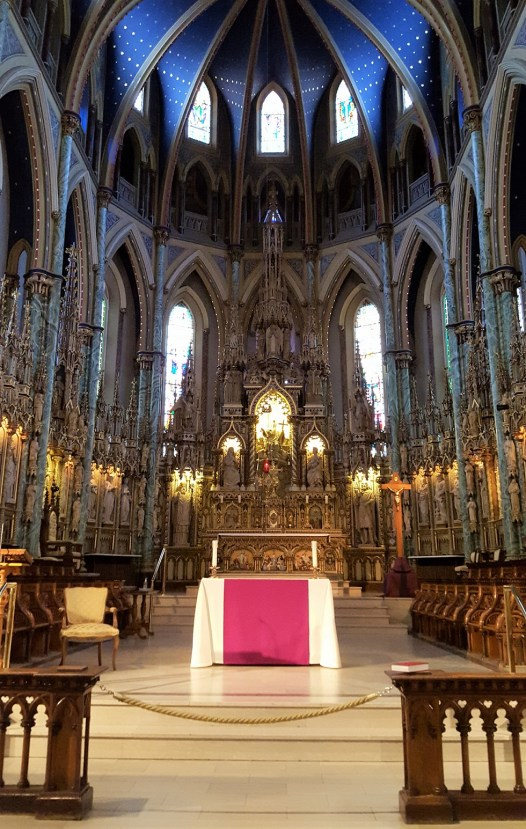 The main altar is 52 feet high and seeped in Gothic ornamentation. It consists of three arches with reliefs of the Nativity, Jesus teaching, and the Resurrection. Surrounding the main altar are large wooden statues of patriarchs, prophets, apostles, and saints.