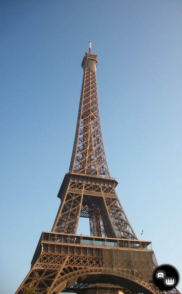 Eiffel Tower Adventure Writer'