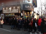 Long line for churros at another place in Itaewon.