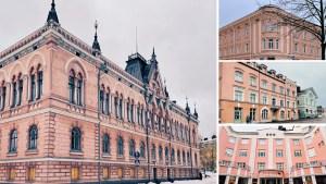Yhdeksän vaaleanpunaista ja lumoavan kaunista vanhaa taloa, jotka sijaitsevat Oulun keskustassa