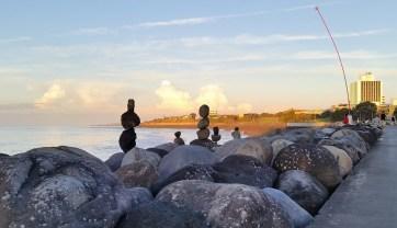 Taranaki New Plymouth waterfront sculptures and Len Lye wind wand