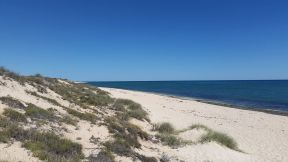Exmouth Ningaloo Coast, empty white sand beaches