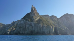 Tasman Island's towering rock cliffs as seen while on Pennicott Wilderness Journeys