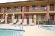 GreenTree Inn Flagstaff outdoor pool & spa