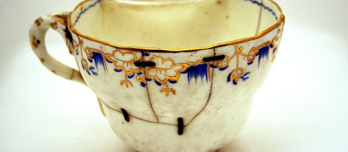 tea-cup-mended-1400