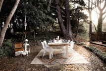 5 Tips Bohemian-inspired Outdoor Dining Area