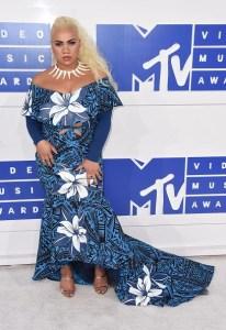 Kiwi choreographer, Parris Goebel at the 2016 MTV VMA awards