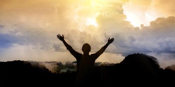 O que leva alguém a duvidar do grande amor de Deus?