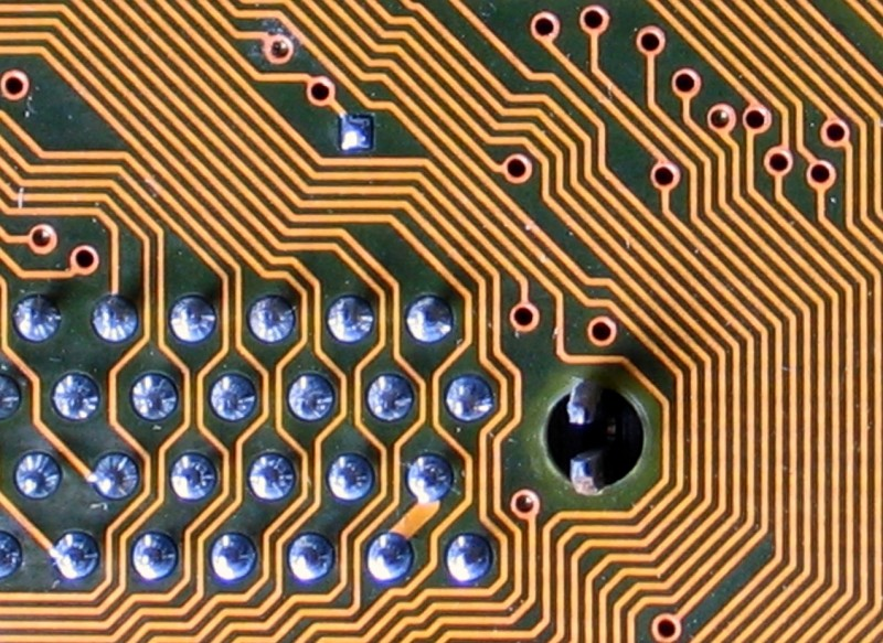 Labyrinthine circuit board lines by Karl-Ludwig Poggemann on Flickr. used under (CC BY 2.0)