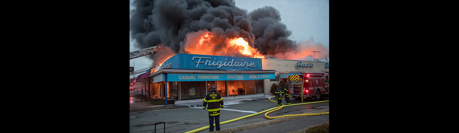 Fire destroys Revere landmark Sozio's