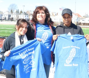 Getting the Tee Shirt is a big part of the festivities, Marcy Tango, Cheryl McGrath and Deanna Jones.