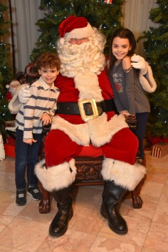 Dominic and Madelyn DeGuglielmo with Santa Claus