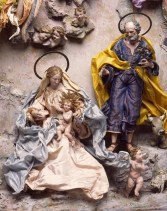 A Neapolitan crèche from the mid-1700s at the Milwaukee Museum of Art (Image-maxwellscott.com)
