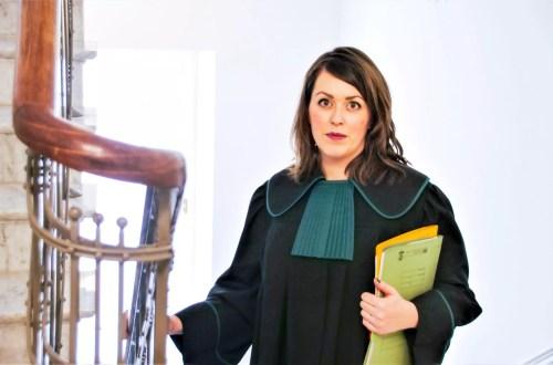 jak wybrać adwokata