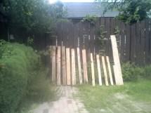 Making Garden Gate Pallets. Ady