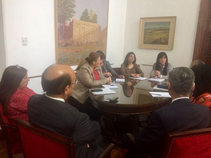 Reunión de la Comisión Directiva AEC en Legislatura