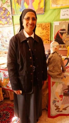 Sr. Demian & Sr. Emmanulle als Puppe