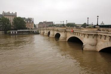 paris-flood-2016-04