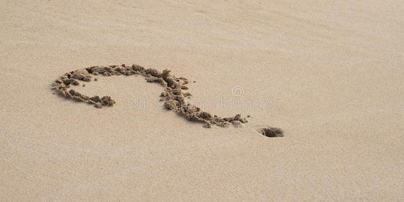 Ερωτήσεις στην άμμο…