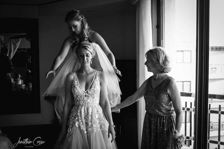 Dreams Riviera Cancun Wedding. Jonathan Cossu Photographer