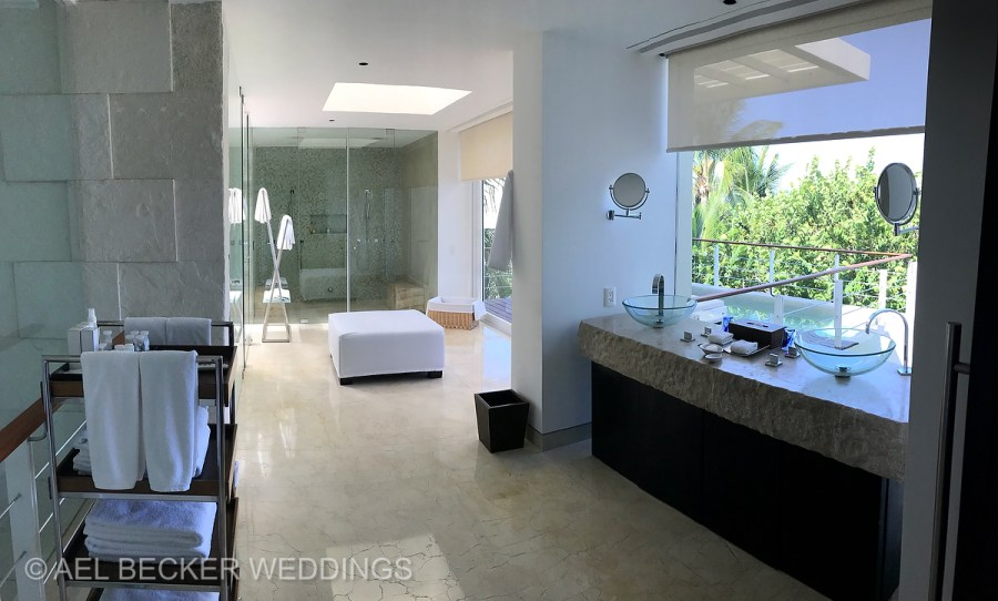 Bathroom presidential suite. Blue Diamond Luxury Boutique Hotel, Riviera Maya, Mexico. Ael Becker Weddings