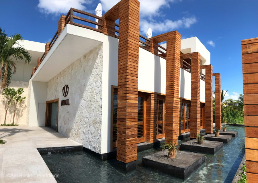 Fine dining restaurant at the new Chable Maroma, Mexico. Ael Becker Weddings