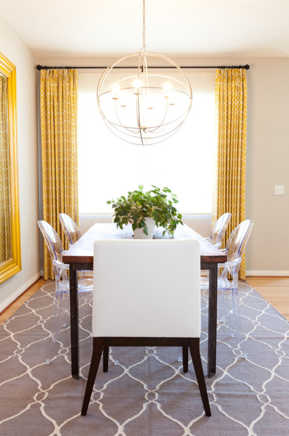 Pale Yellow Dining Room