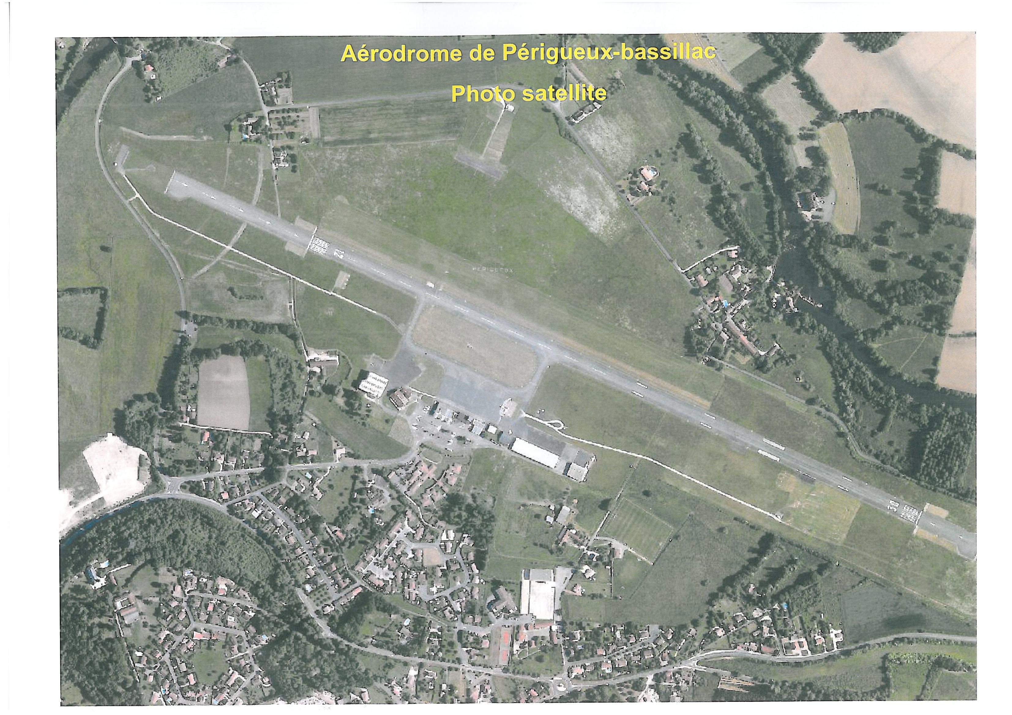 Photo-satellite aérodrome Périgueux